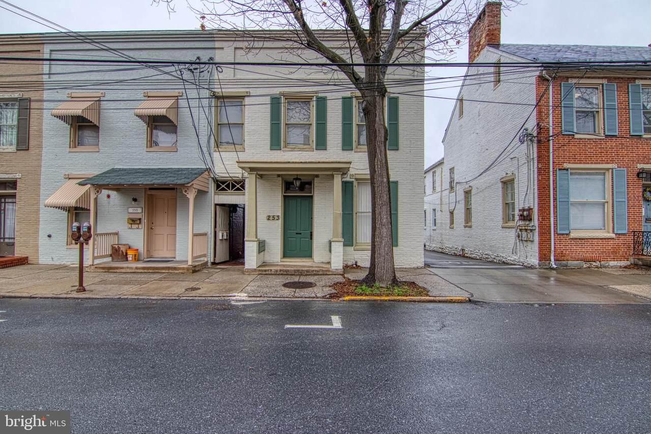253 Patrick Street - Photo 1