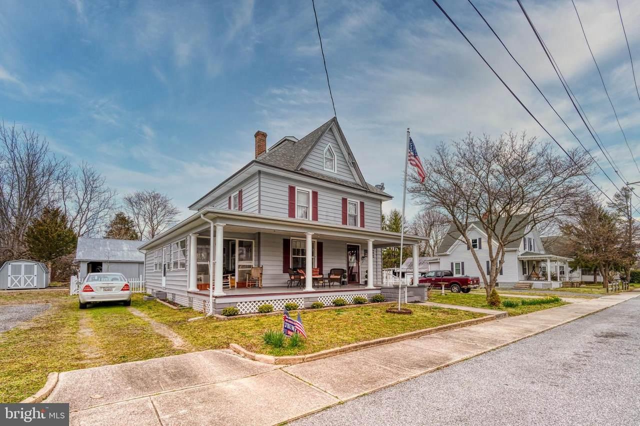 107 Noble Avenue - Photo 1