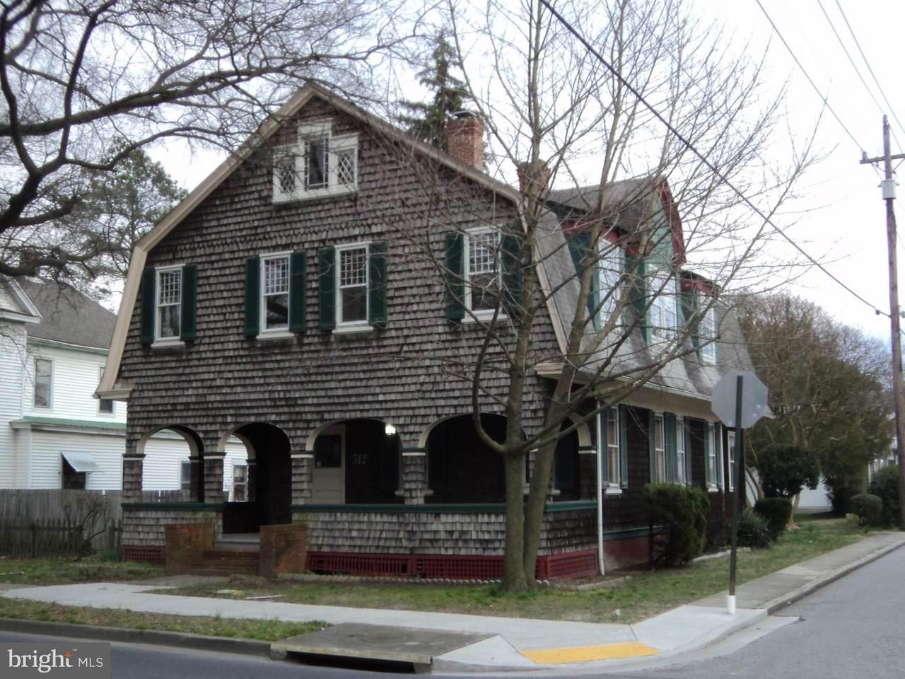 312 Goldsborough Street - Photo 1