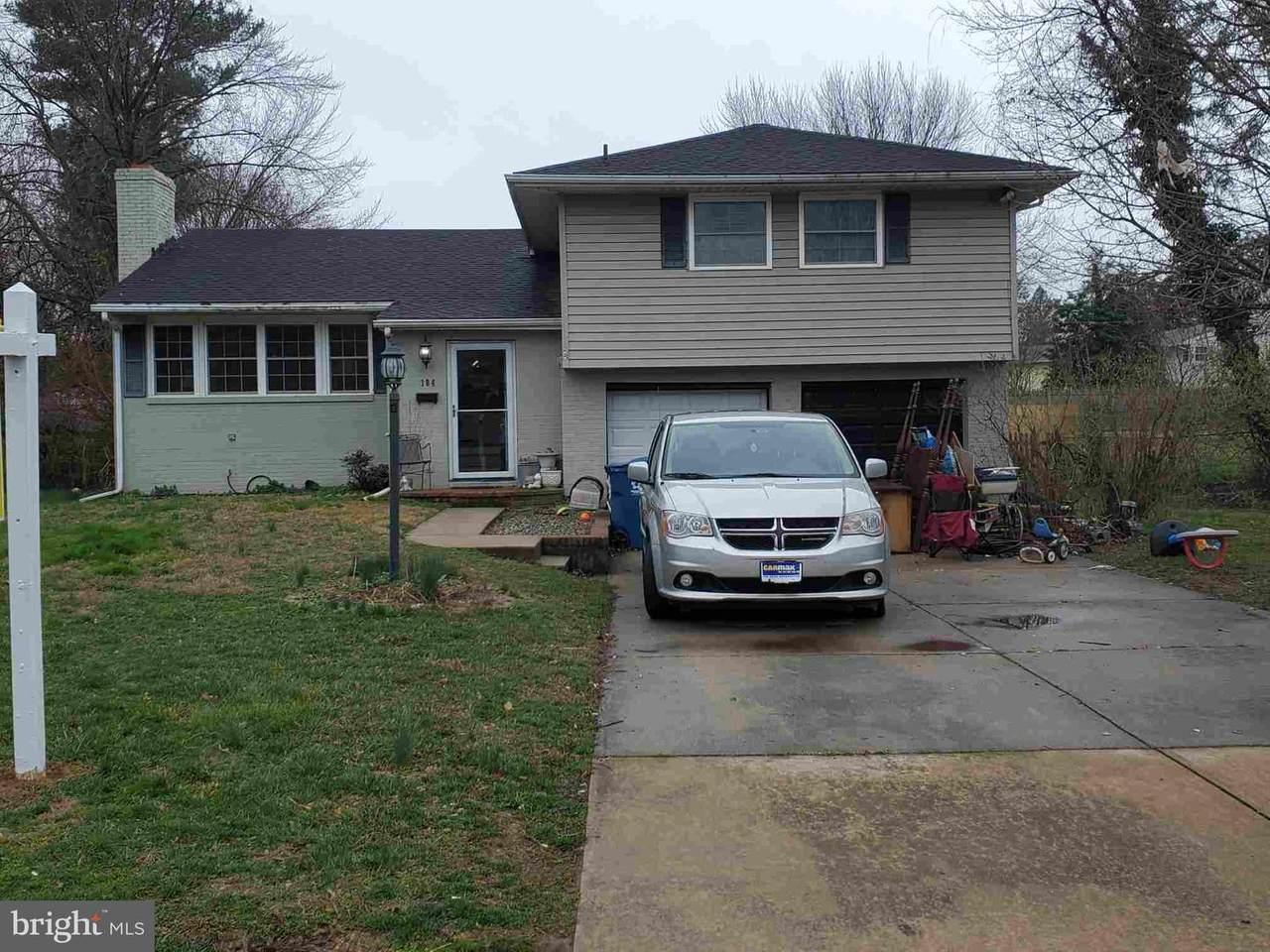 104 Southerland Drive - Photo 1