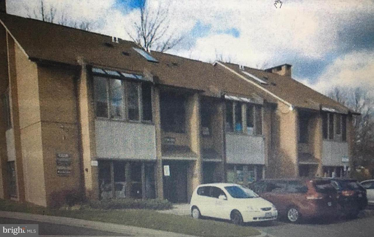 19620 Club House Road - Photo 1