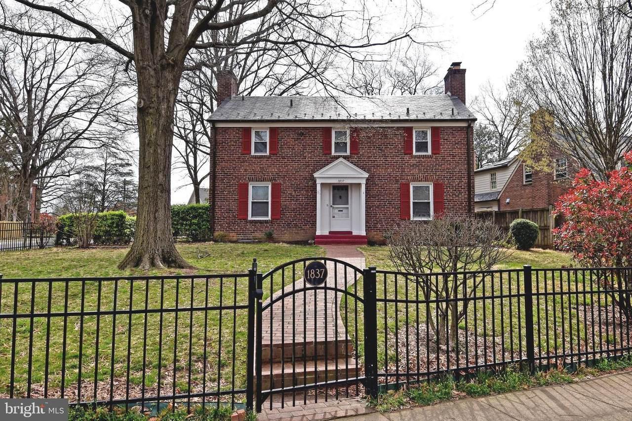1837 Hartford Street - Photo 1