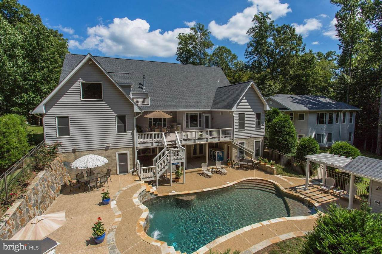 6910 Scenic Pointe Place - Photo 1