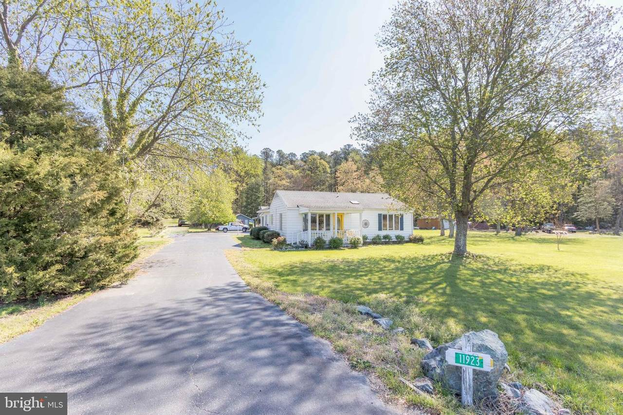 11923 River Road - Photo 1