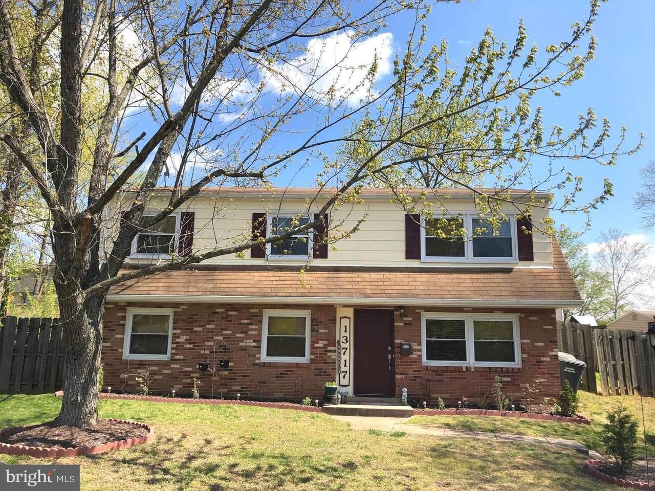 13717 Greenwood Drive - Photo 1
