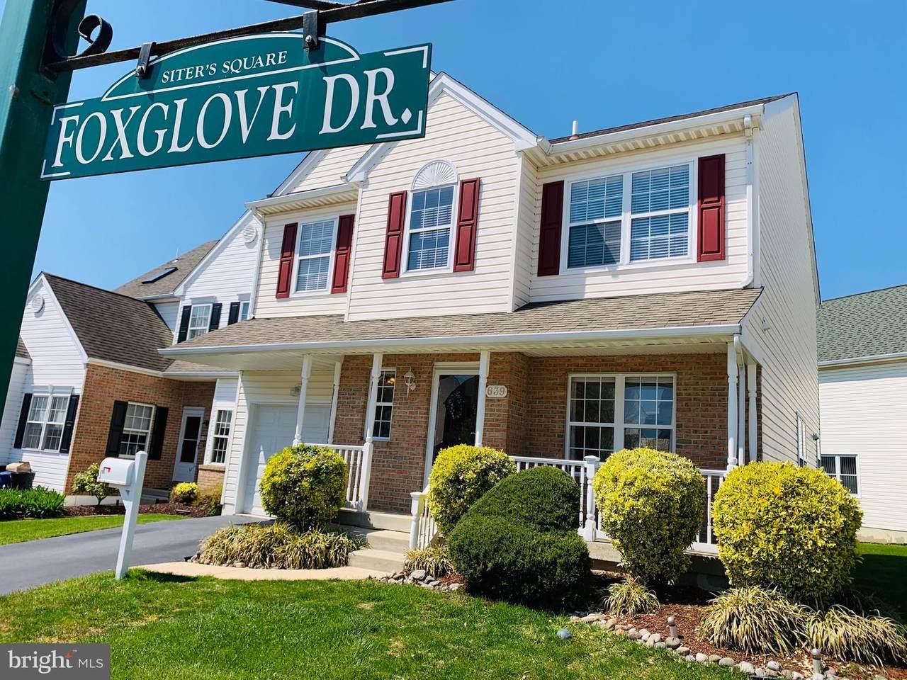 639 Foxglove Drive - Photo 1