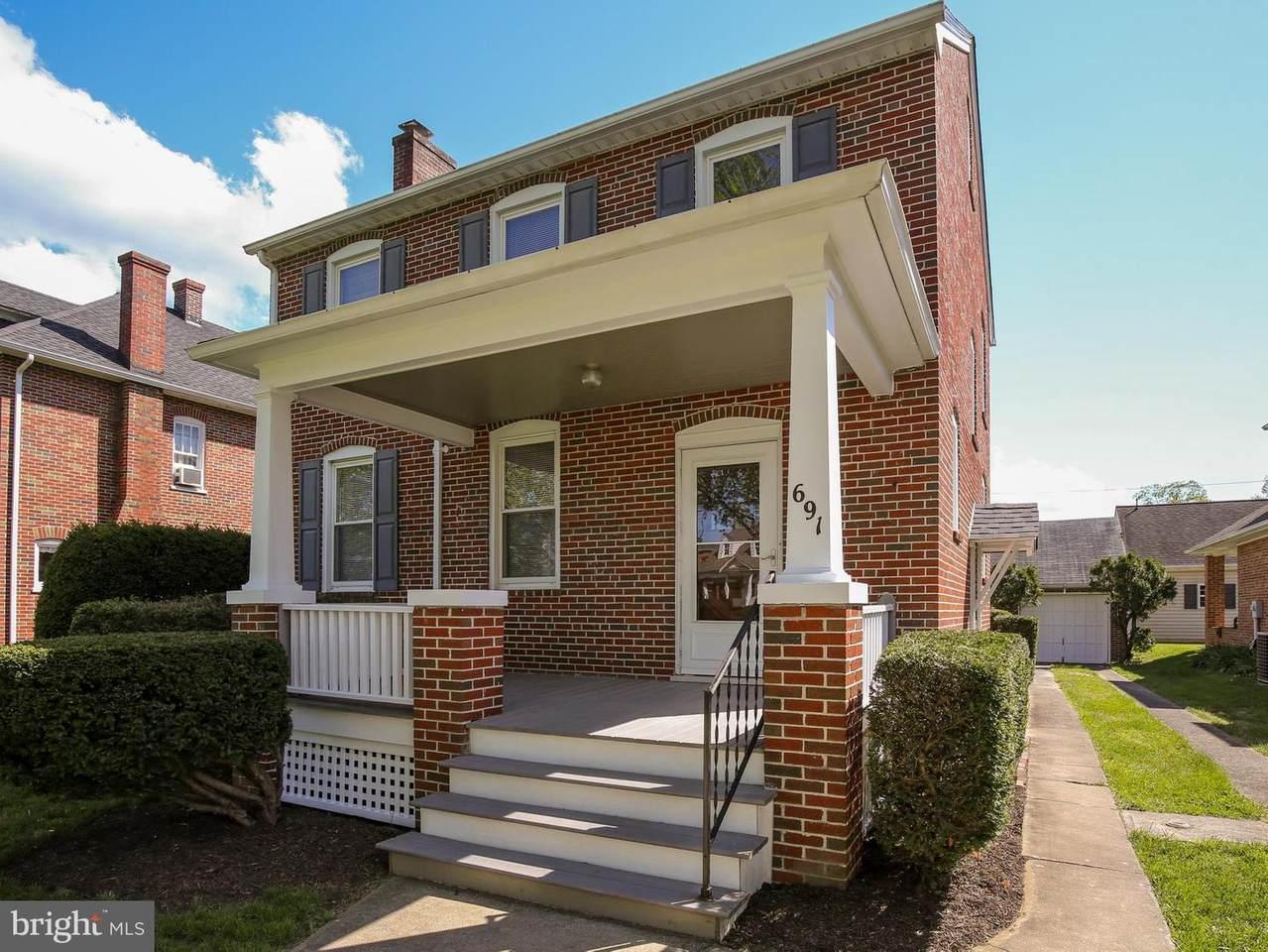 691 Woodland Avenue - Photo 1