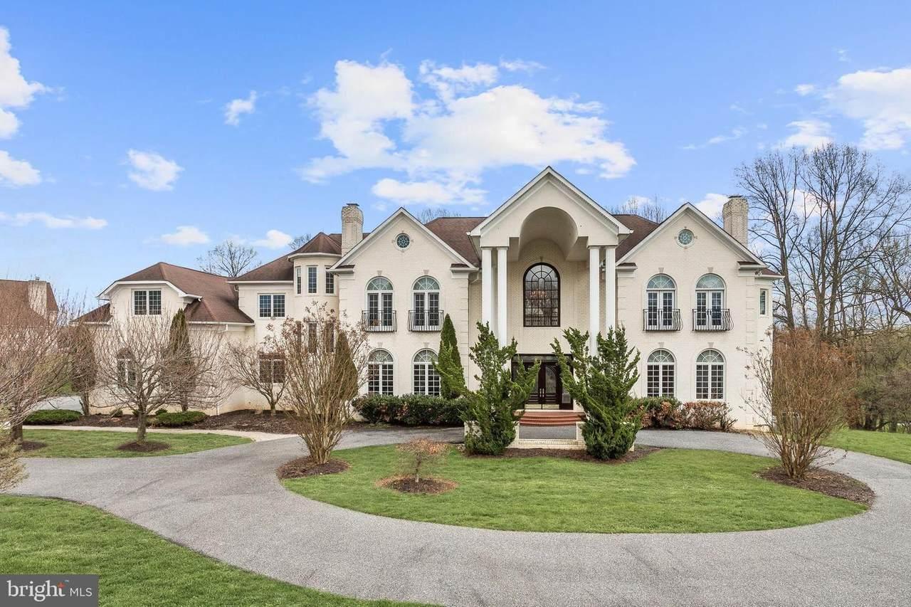 24 Brett Manor Court - Photo 1
