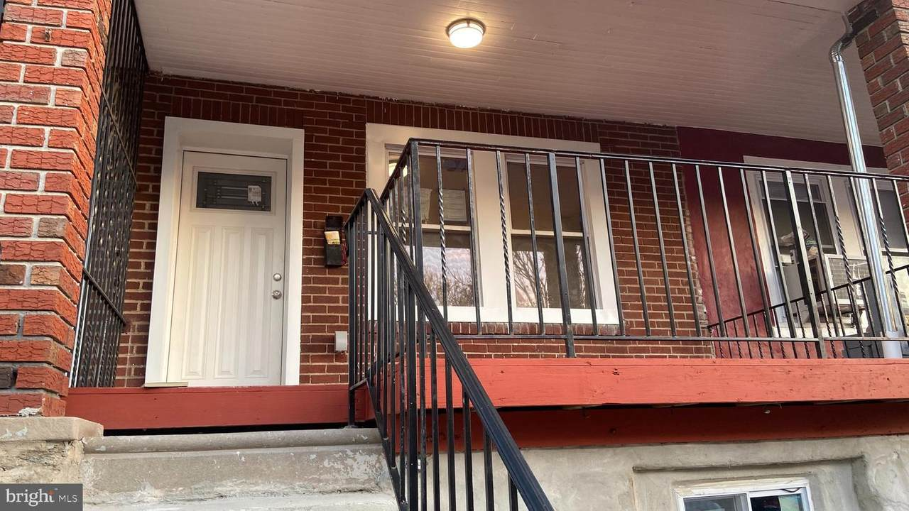 128 Ruscomb Street - Photo 1