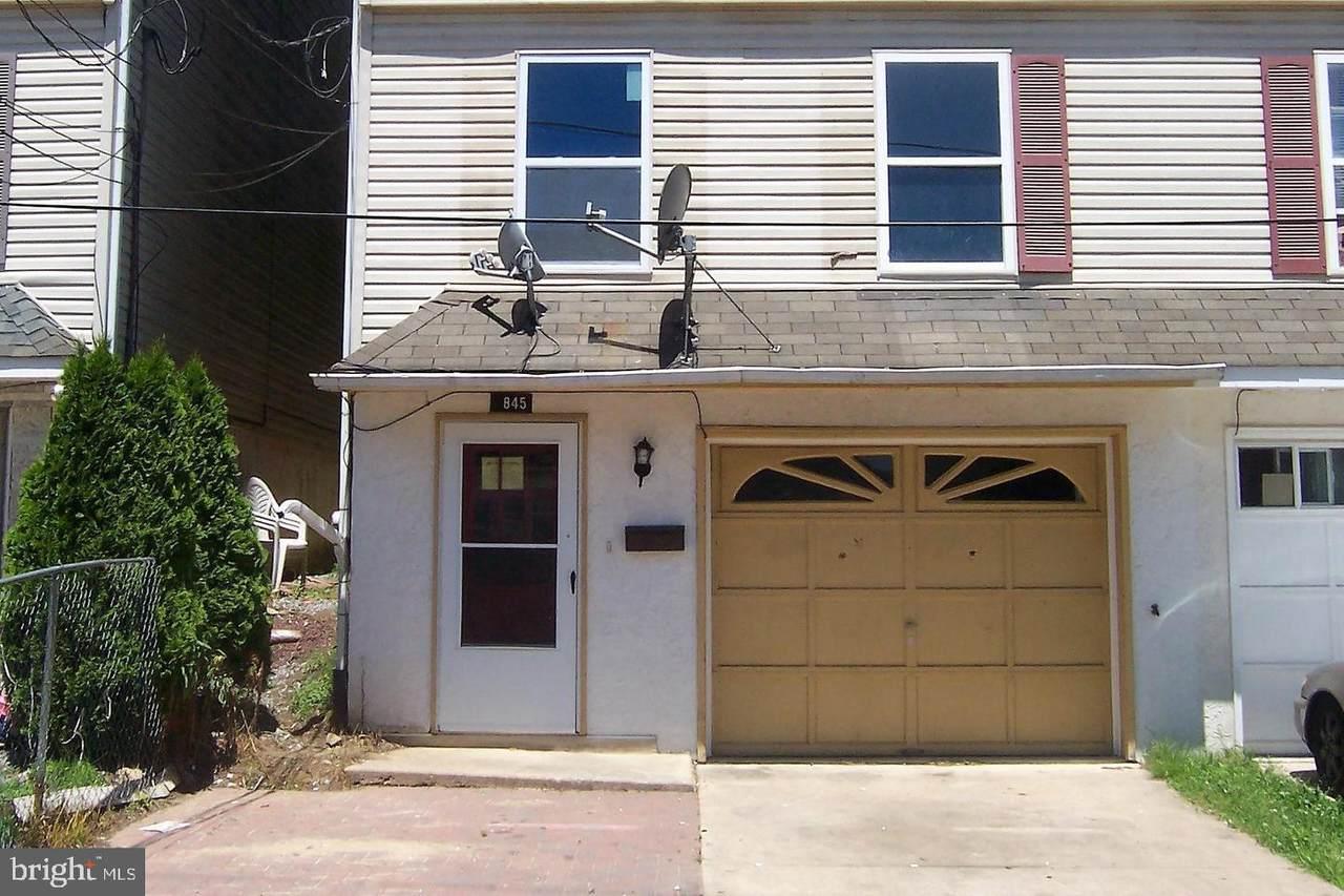 845 Poplar Street - Photo 1