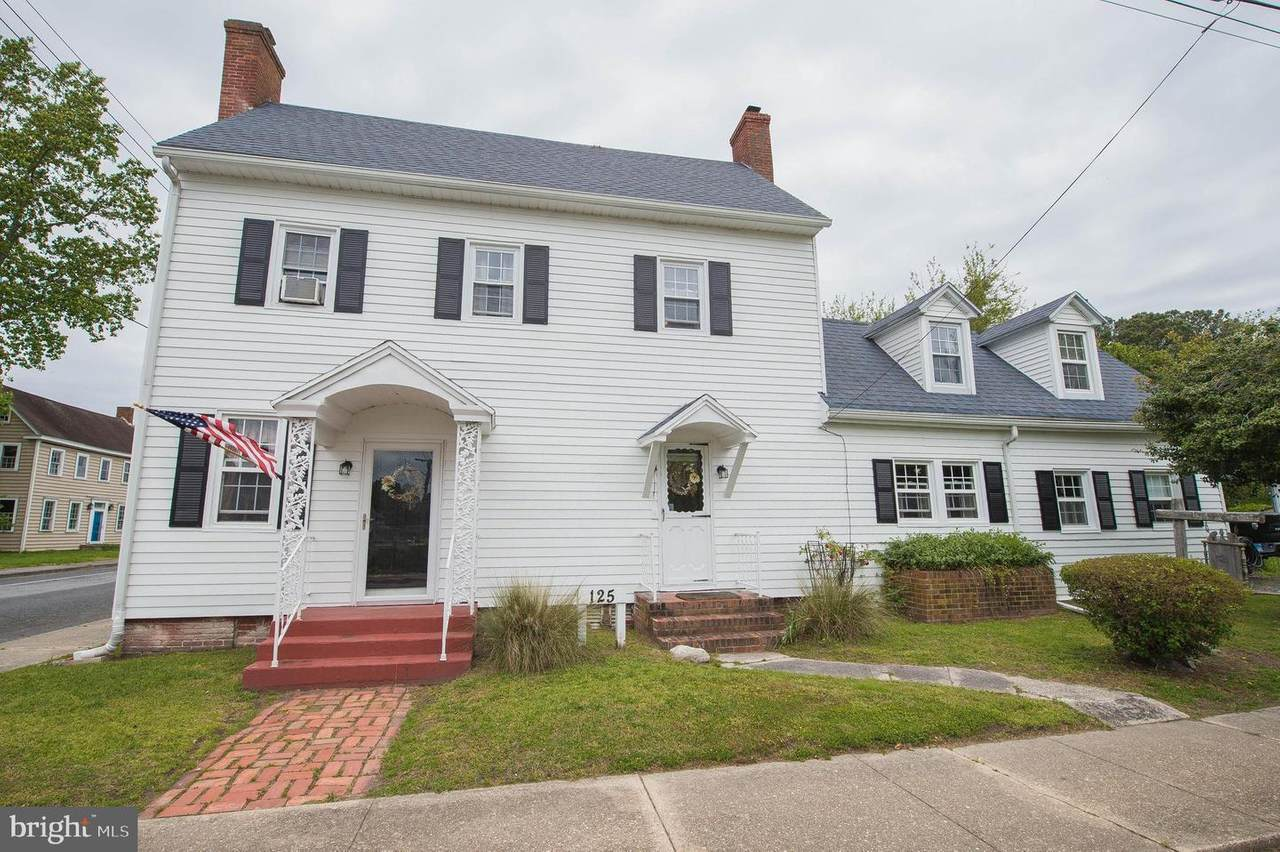 125 Middle Street - Photo 1