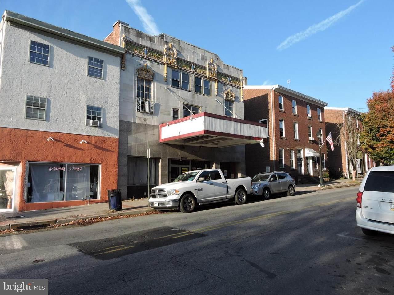 704 Marshall Street - Photo 1