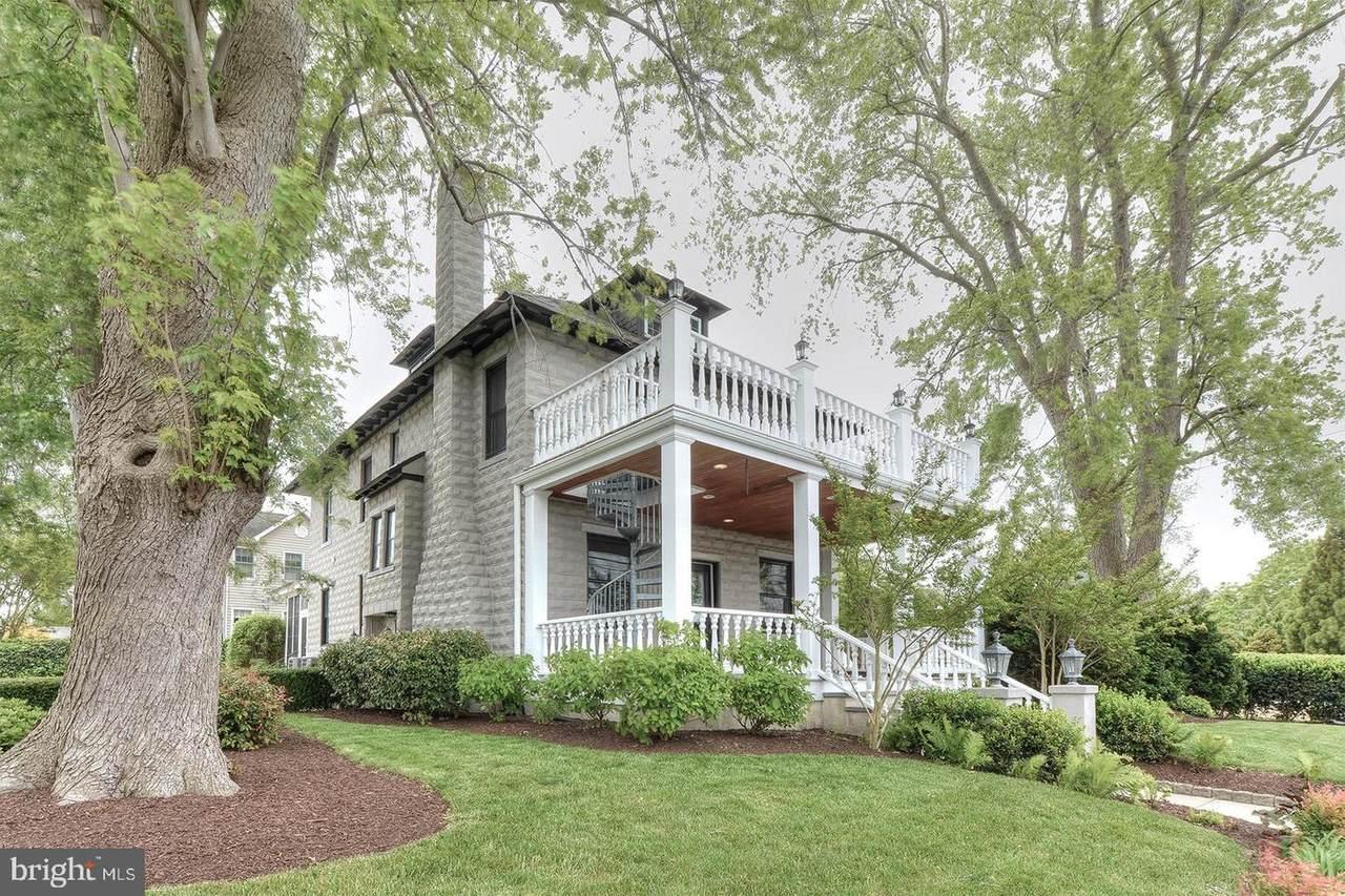 801 Savannah Road - Photo 1