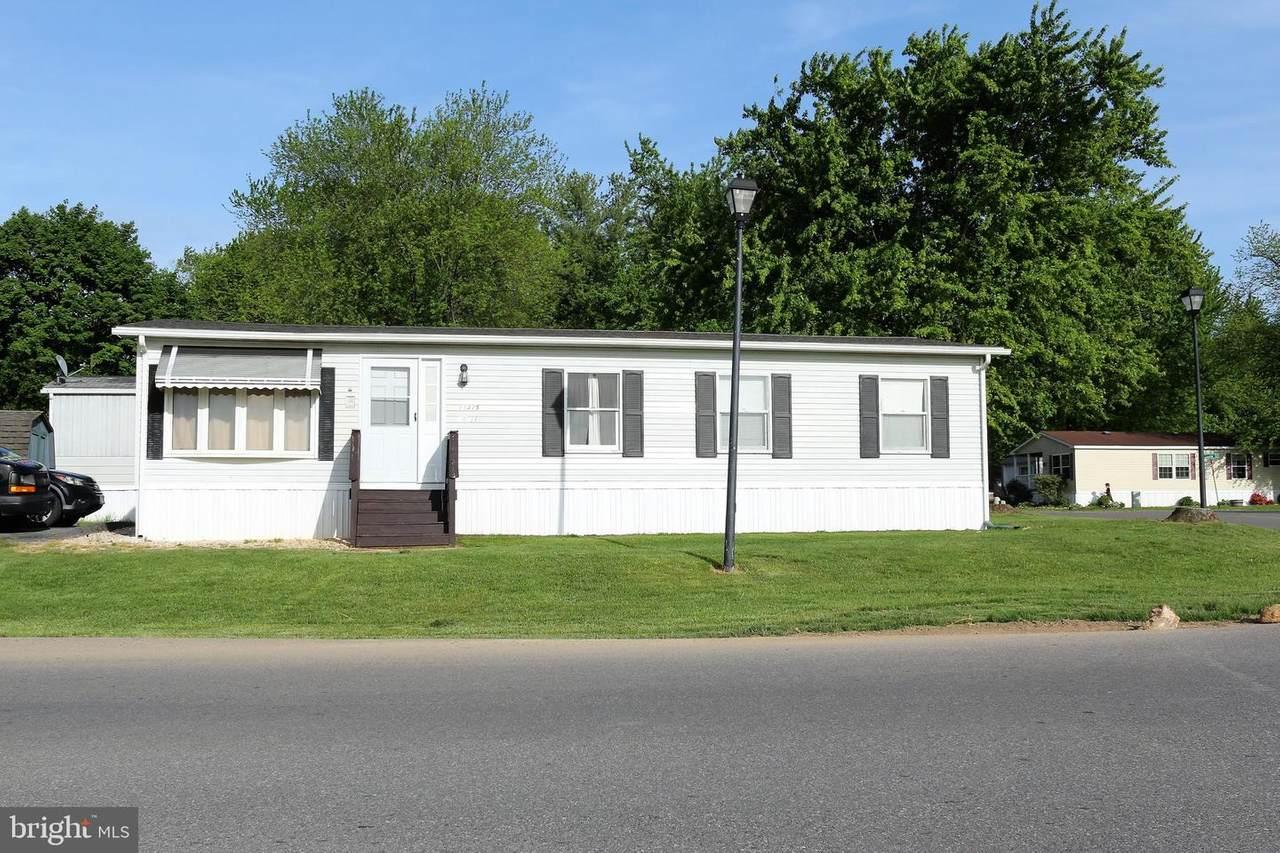 11415 Lakeside Drive - Photo 1