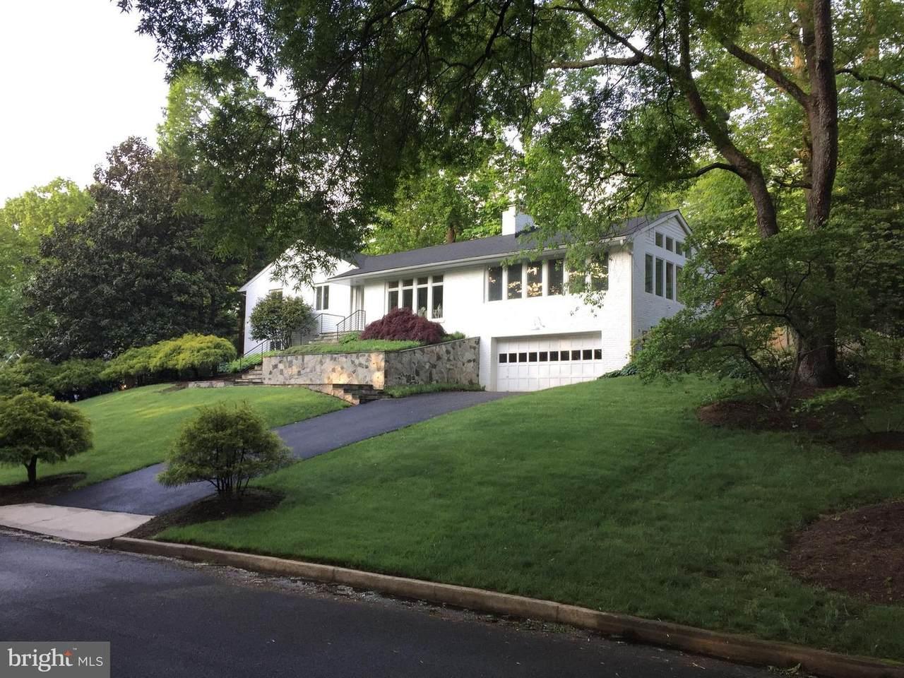 7104 Park Terrace Drive - Photo 1