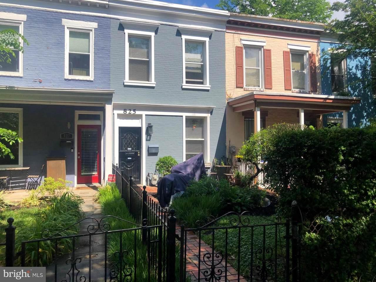 825 9TH Street - Photo 1
