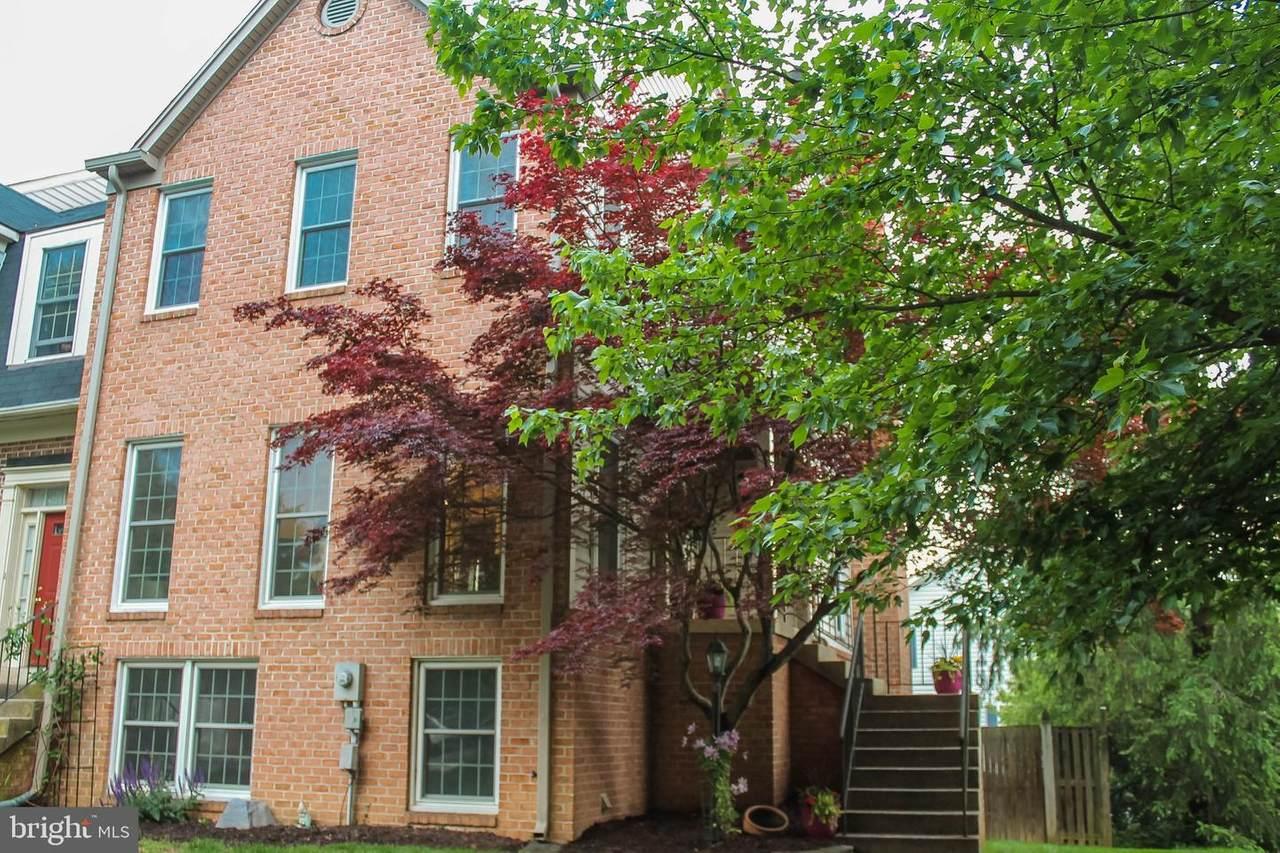 113 Chestnut Hill Way - Photo 1