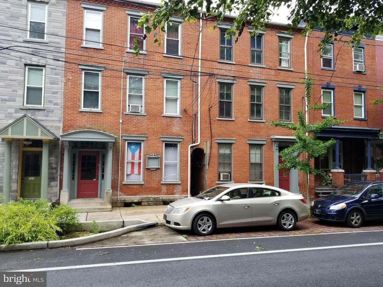 219-221 Mulberry Street - Photo 1