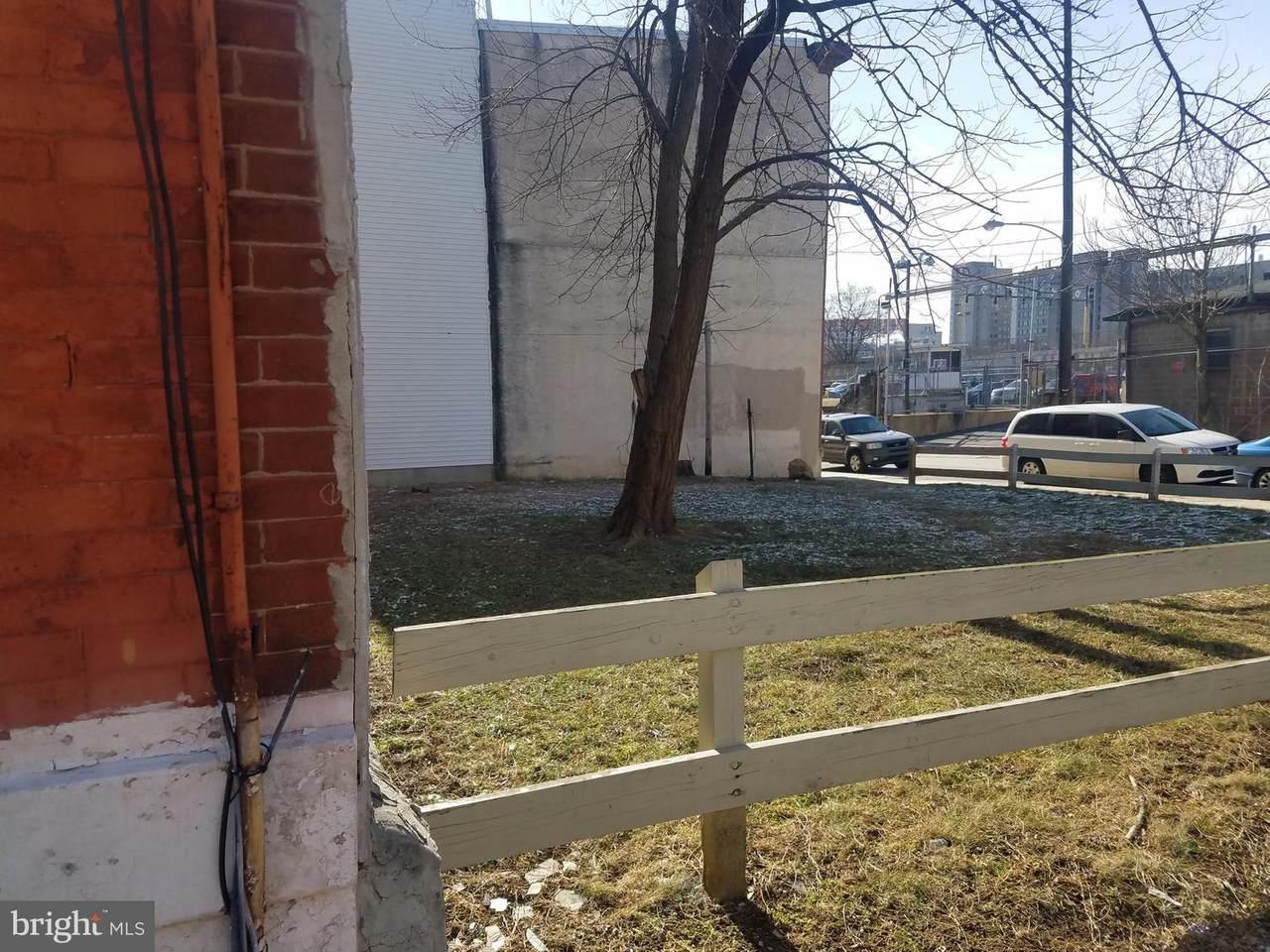 818 Diamond Street - Photo 1