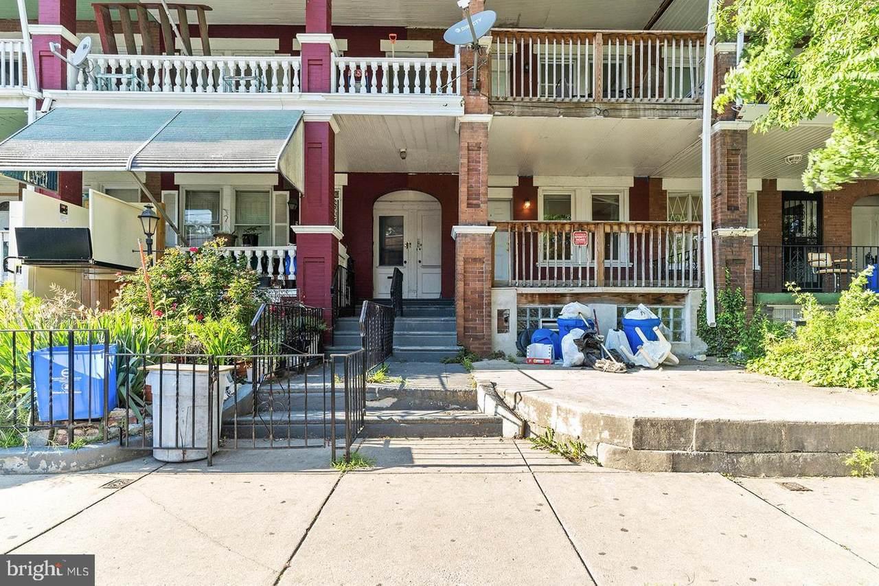 6025 Catharine Street - Photo 1