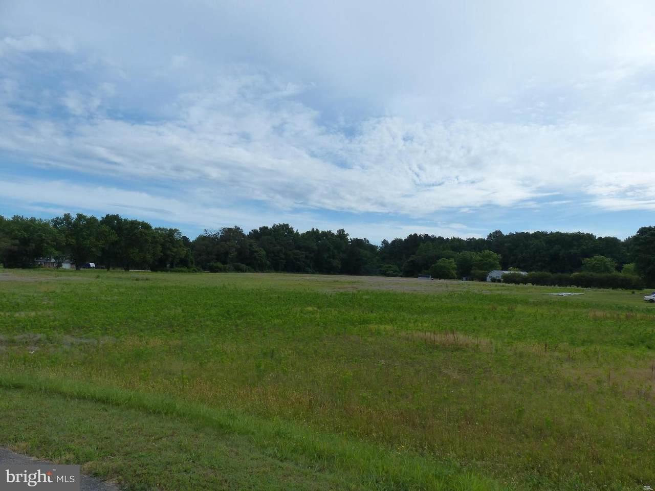 1017 Camp Road - Photo 1