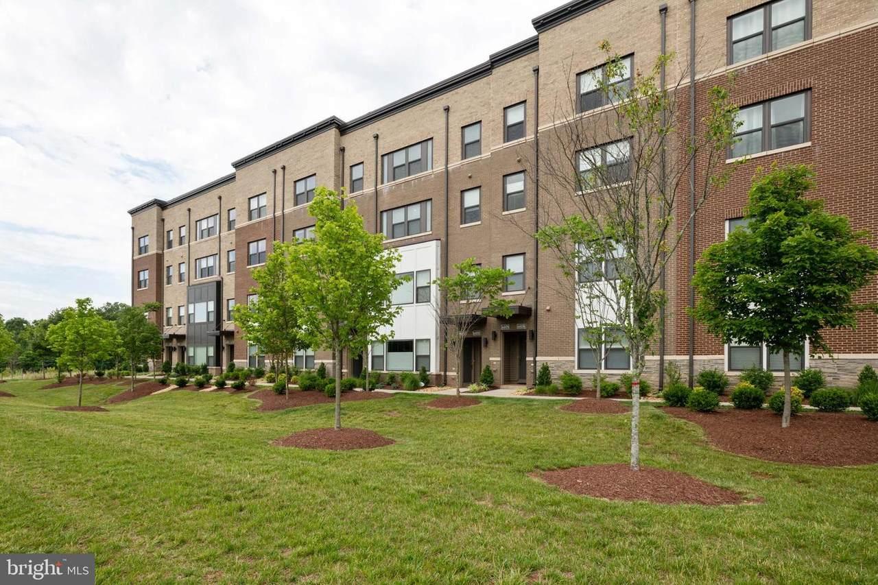 44880 Tiverton Square - Photo 1