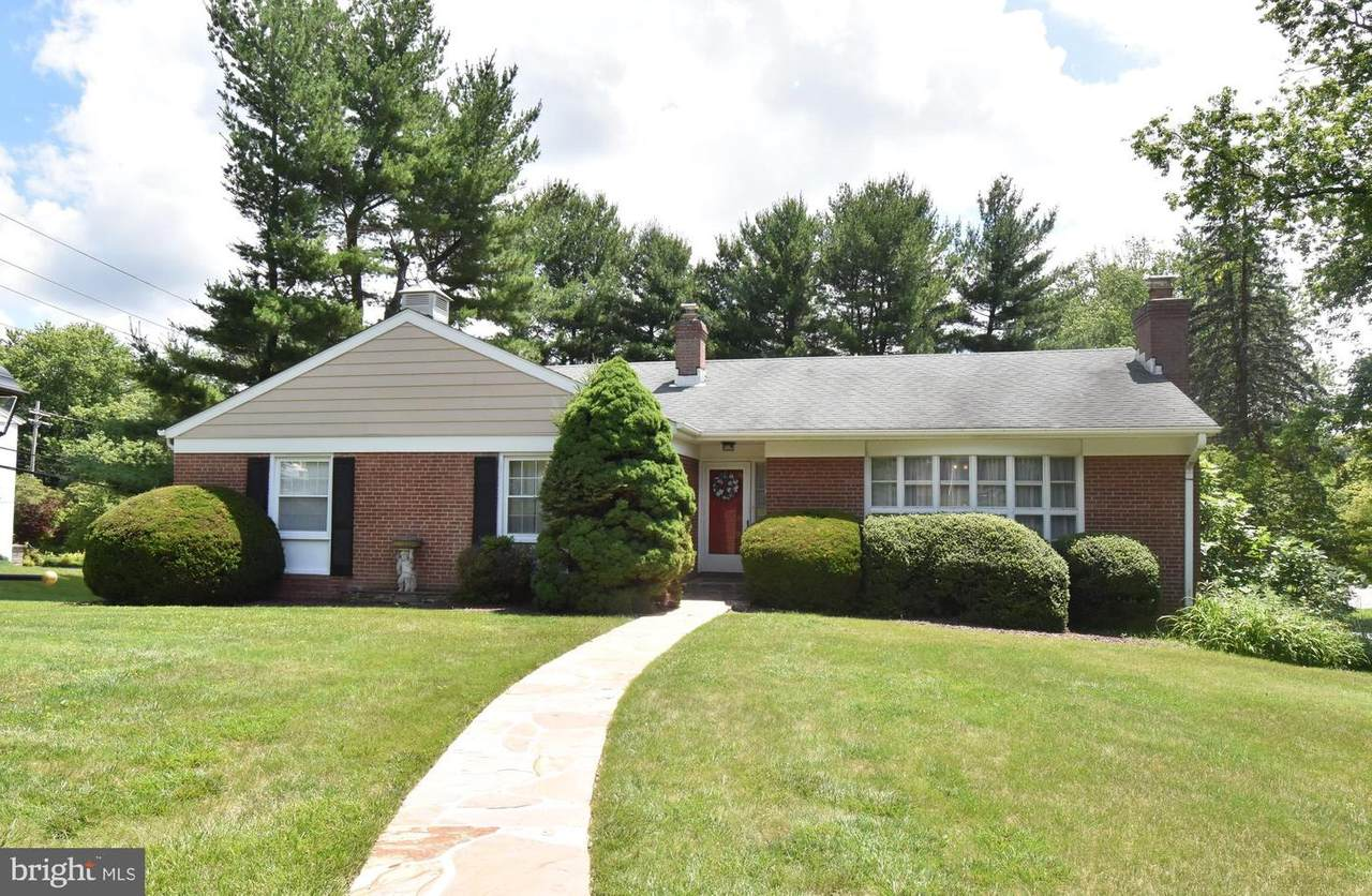 1140 GREEN ACRE ROAD - Photo 1