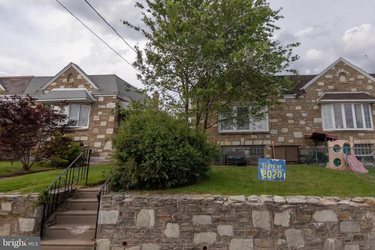 2327 Borbeck Avenue - Photo 1