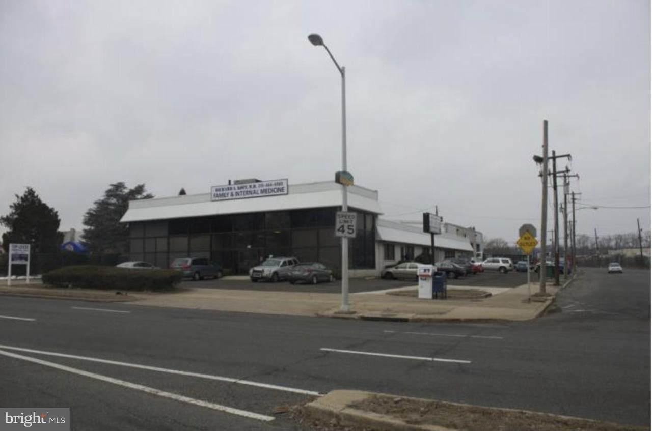 11596 Roosevelt Boulevard - Photo 1