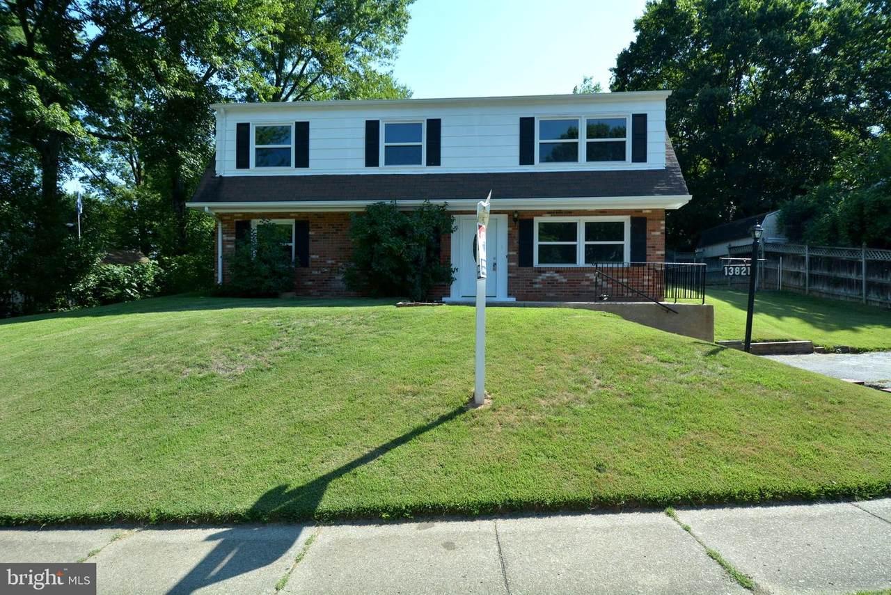 13821 Greenwood Drive - Photo 1