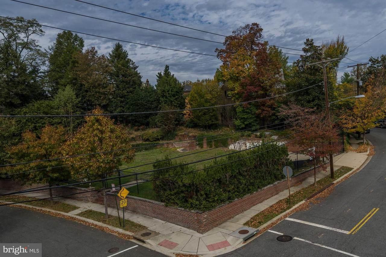 3201 Woodland Drive - Photo 1