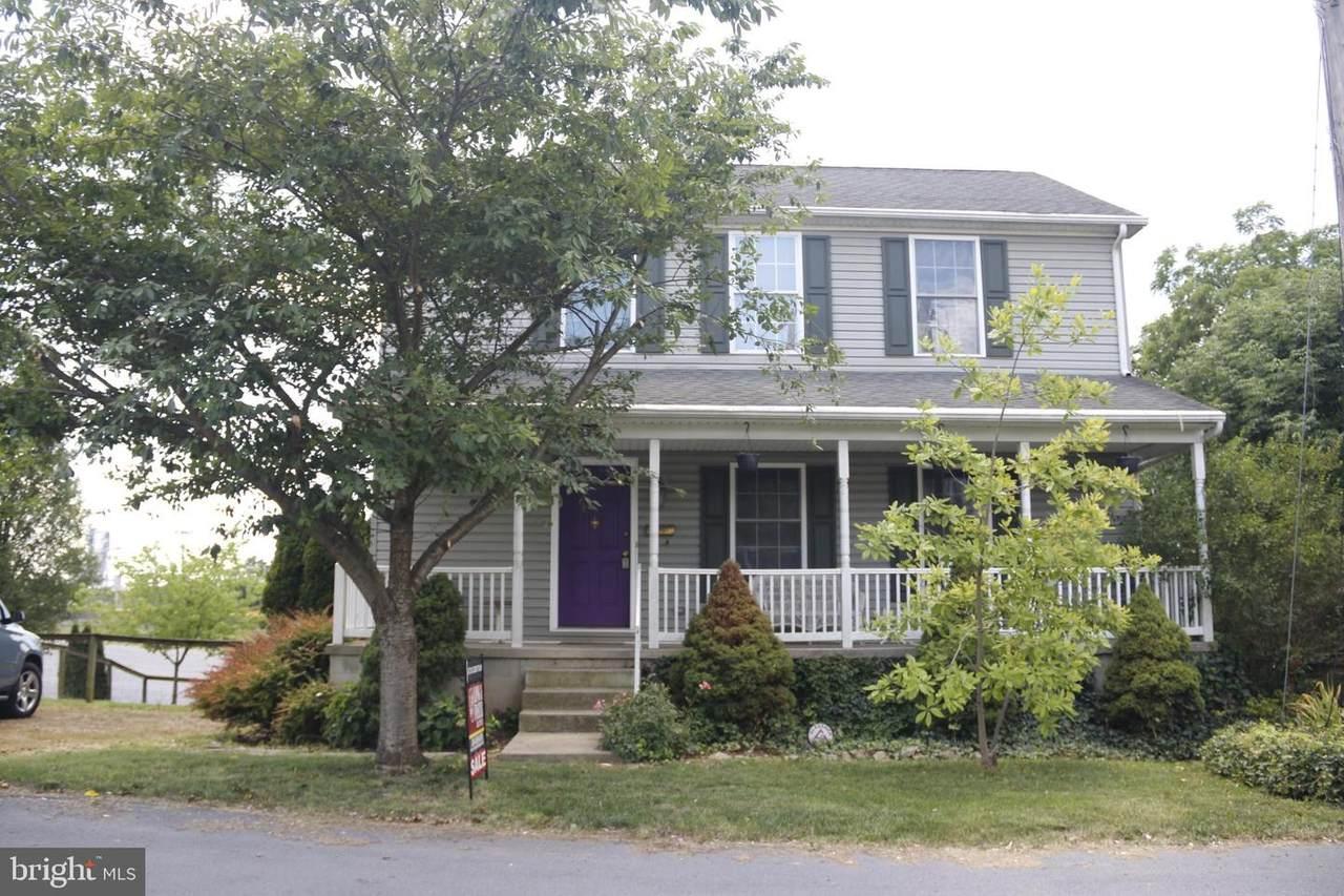 145 Fairfax Street - Photo 1
