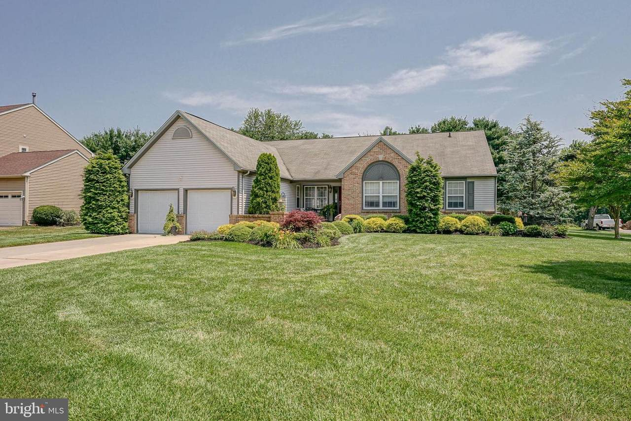 1633 Pennfield Drive - Photo 1
