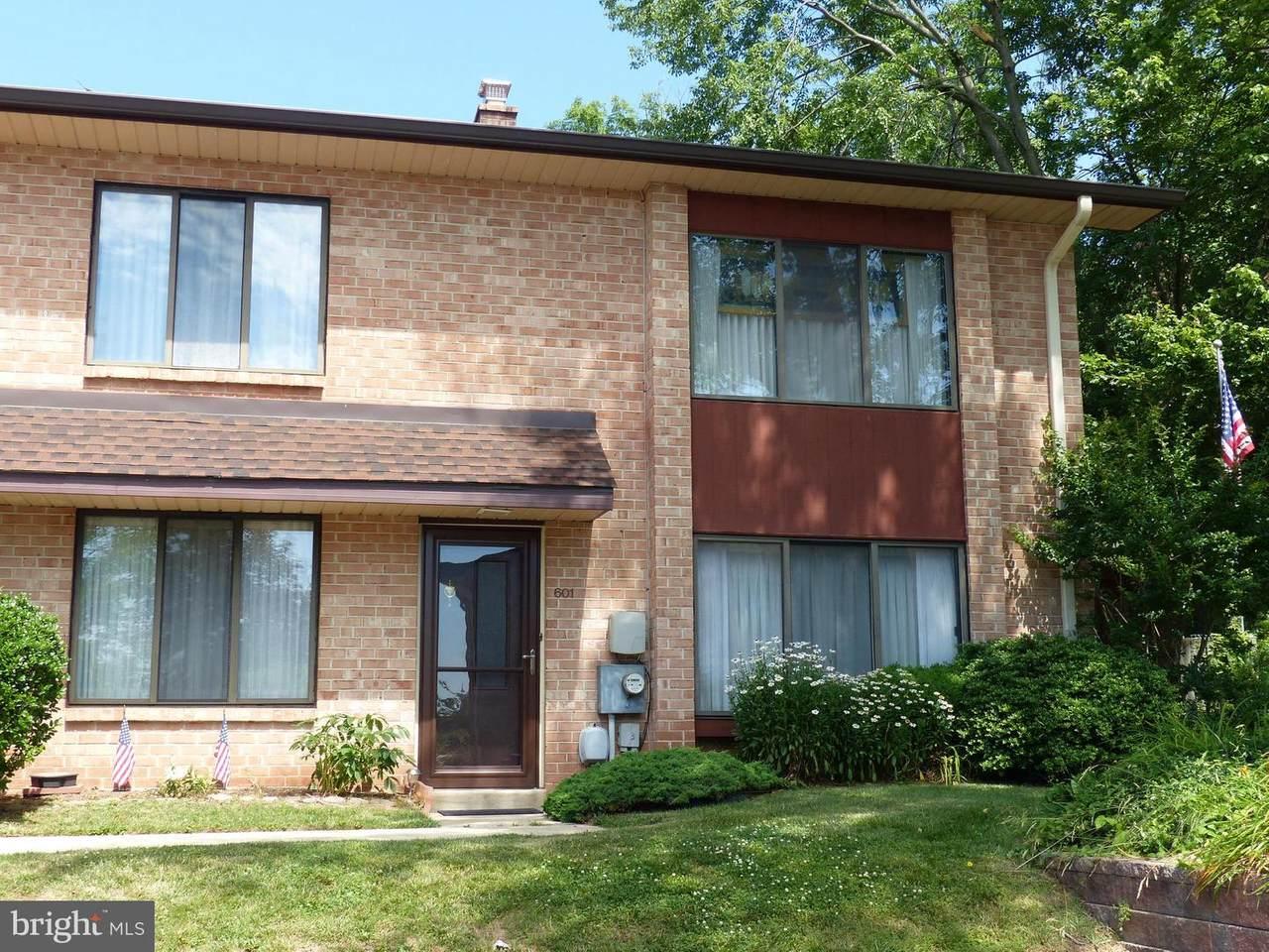 601 Stonybrook Drive - Photo 1