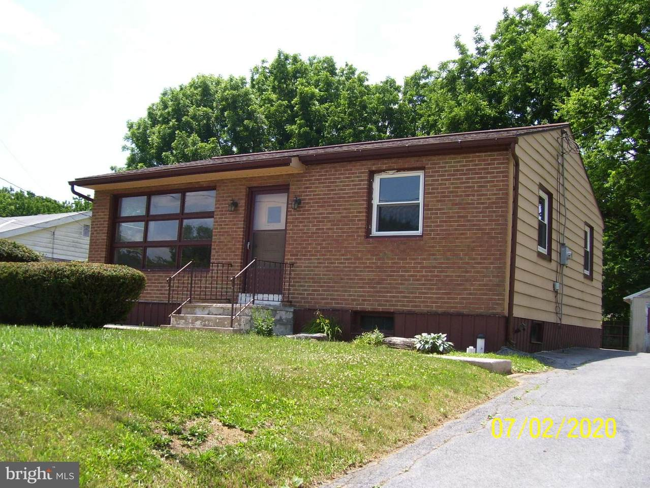 468 Middletown Road - Photo 1