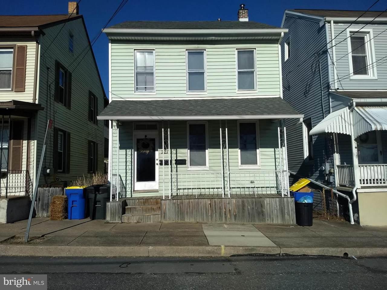 221 Ann Street - Photo 1