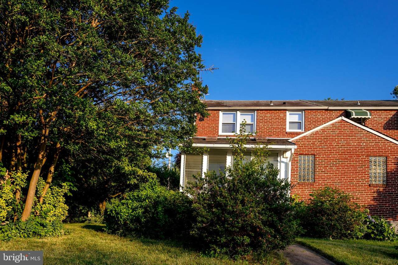5033 Plymouth Road - Photo 1
