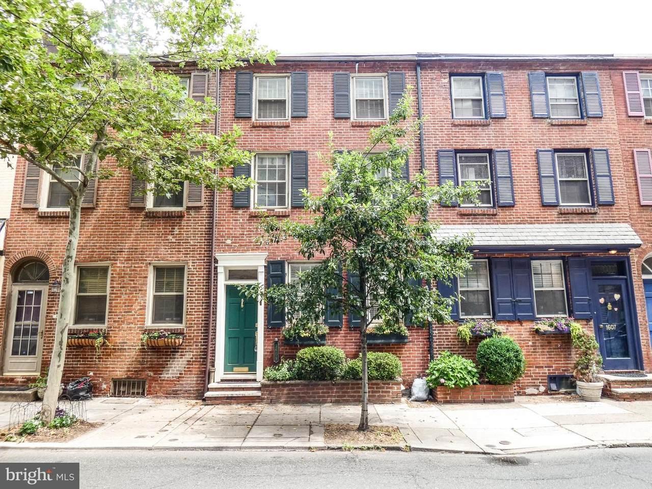 1609 Lombard Street - Photo 1