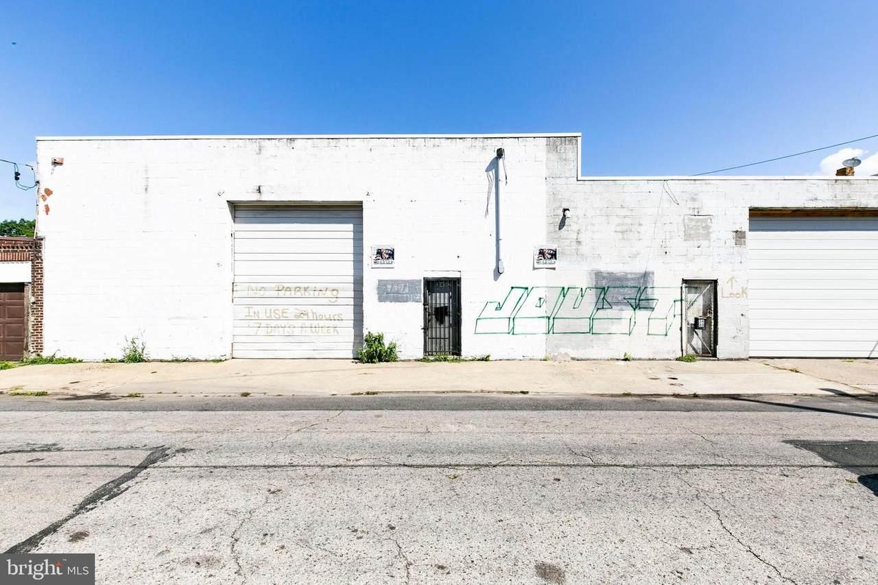 3452-60 Collins Street - Photo 1