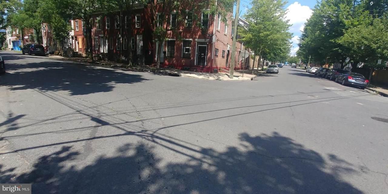 554-554 Lamberton Street - Photo 1