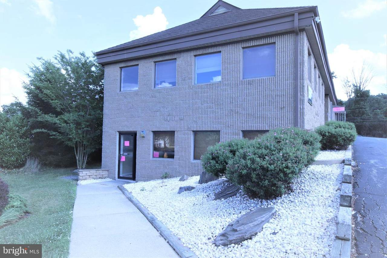 3149 Lincoln Highway - Photo 1