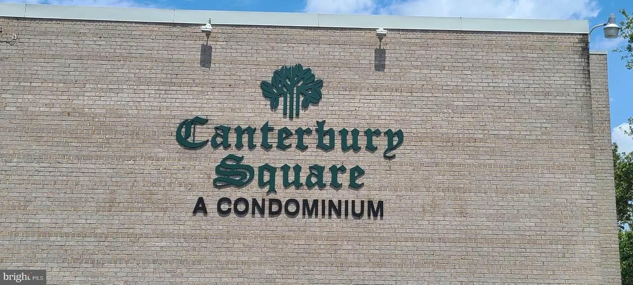 31 Canterbury Square - Photo 1