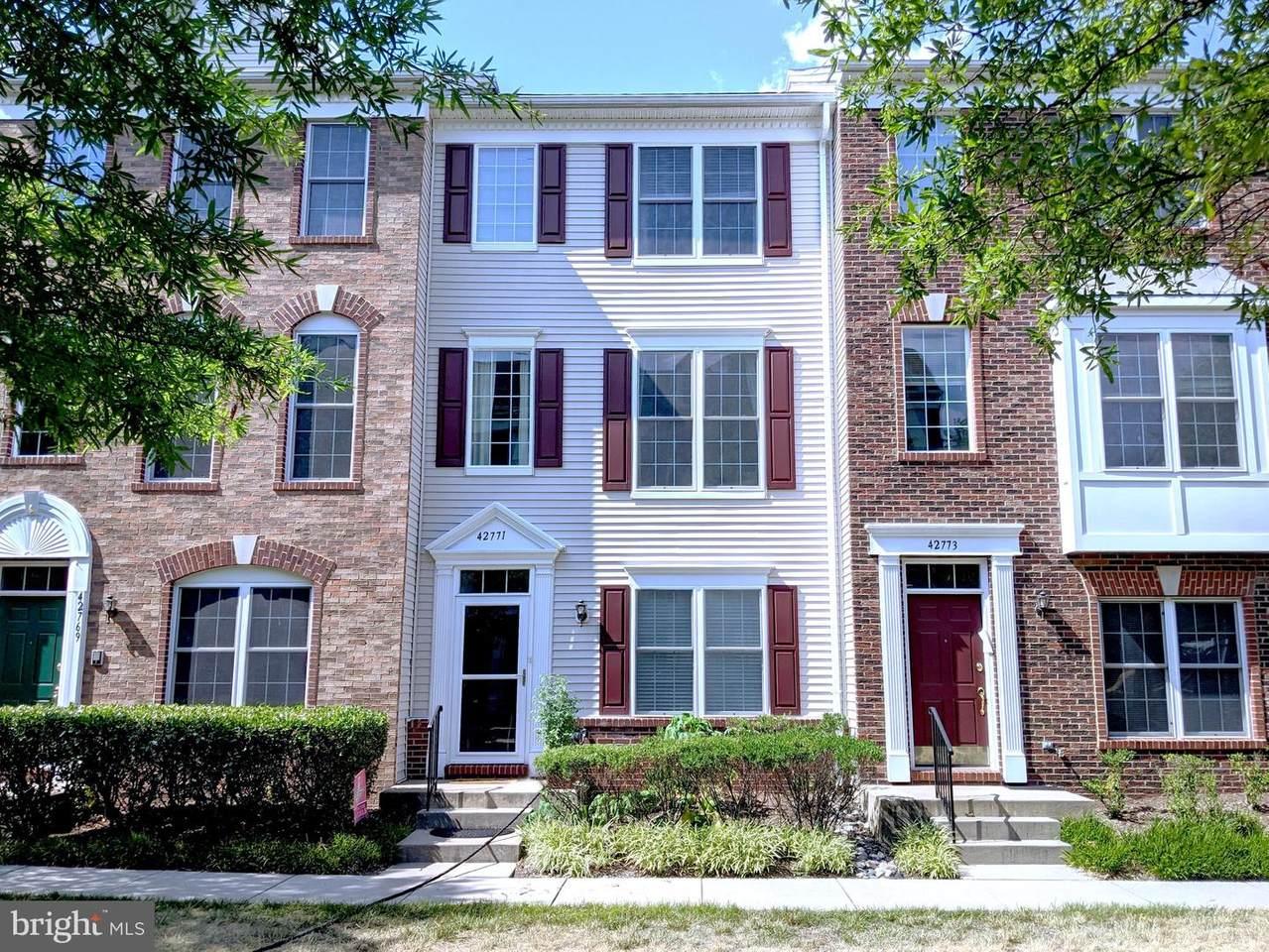 42771 Longworth Terrace - Photo 1