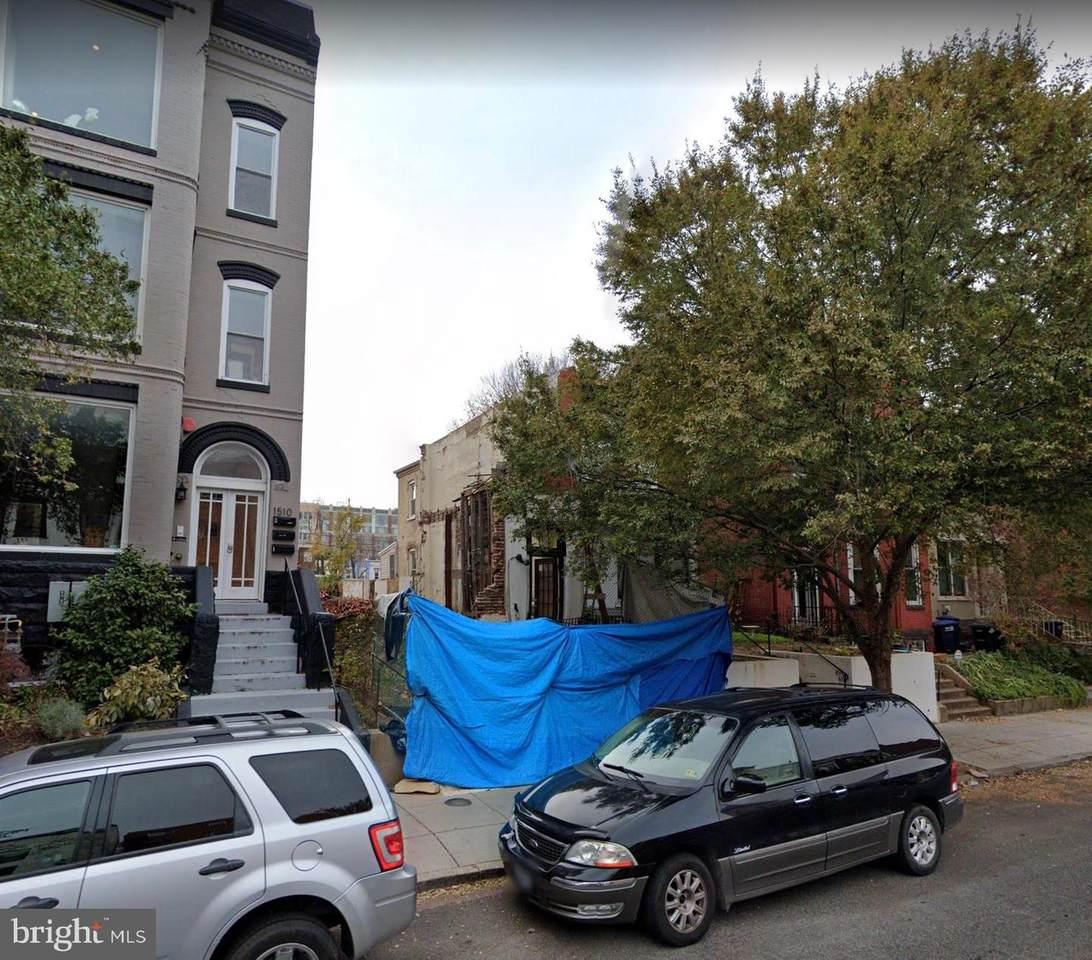 1512 6TH Street - Photo 1