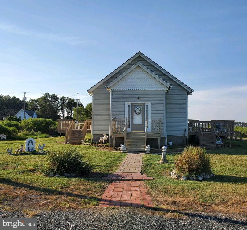 1516 Tom Point Road - Photo 1