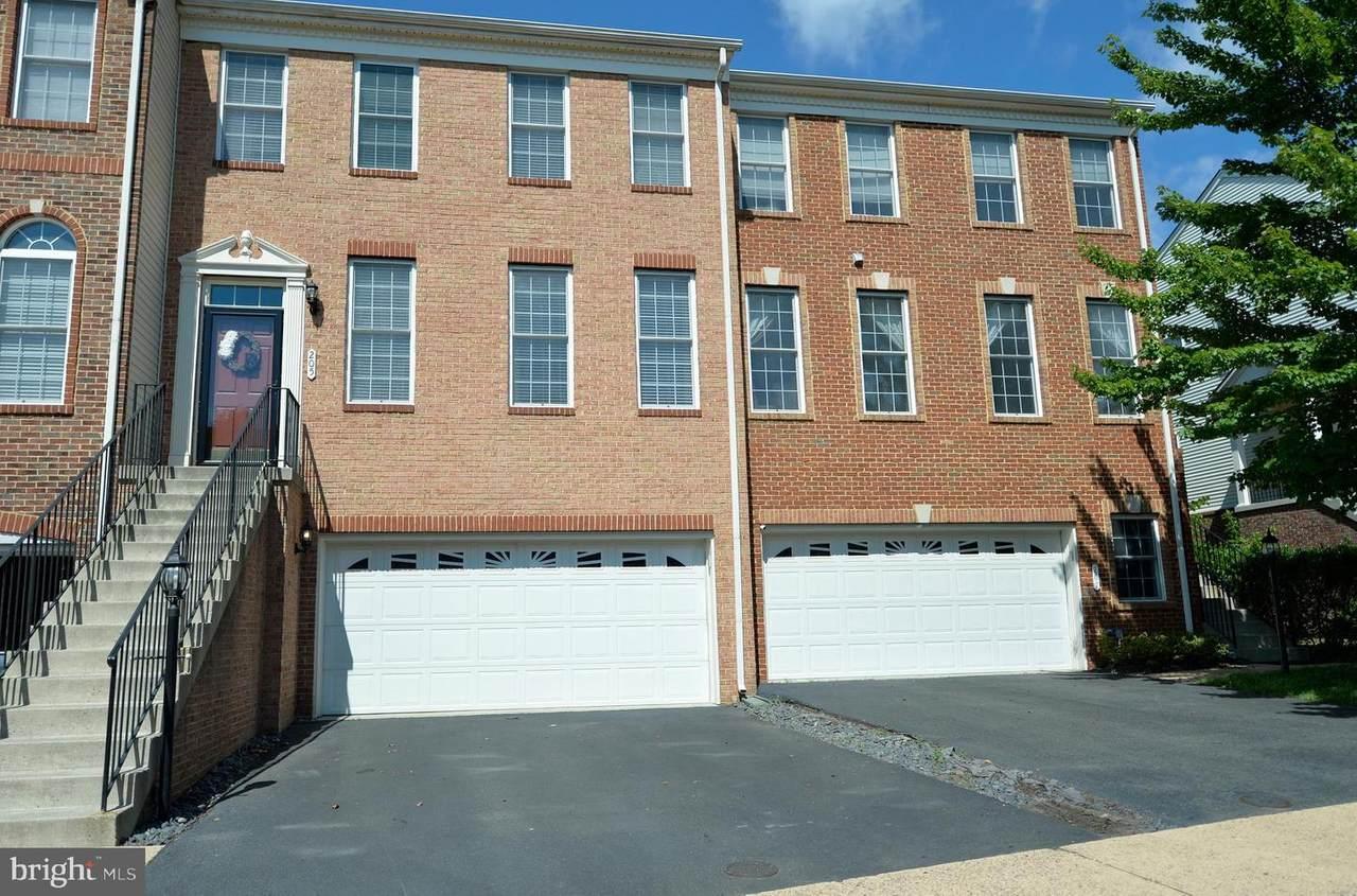 205 Elder Terrace - Photo 1