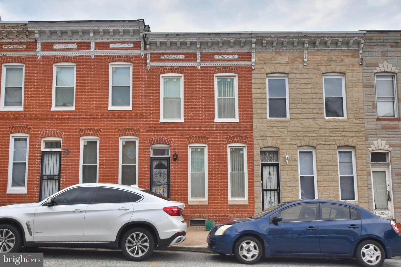537 Washington Street - Photo 1