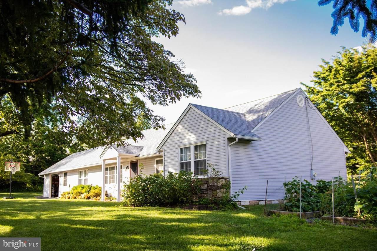 823 Clarendon Road - Photo 1