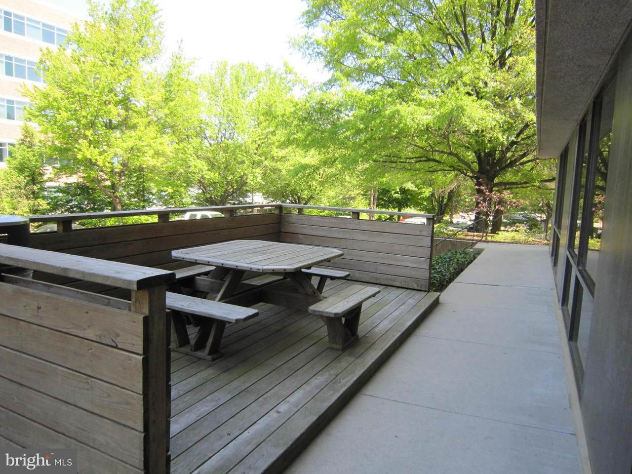 https://bt-photos.global.ssl.fastly.net/brightmls/1280_boomver_1_304246996488-2.jpg