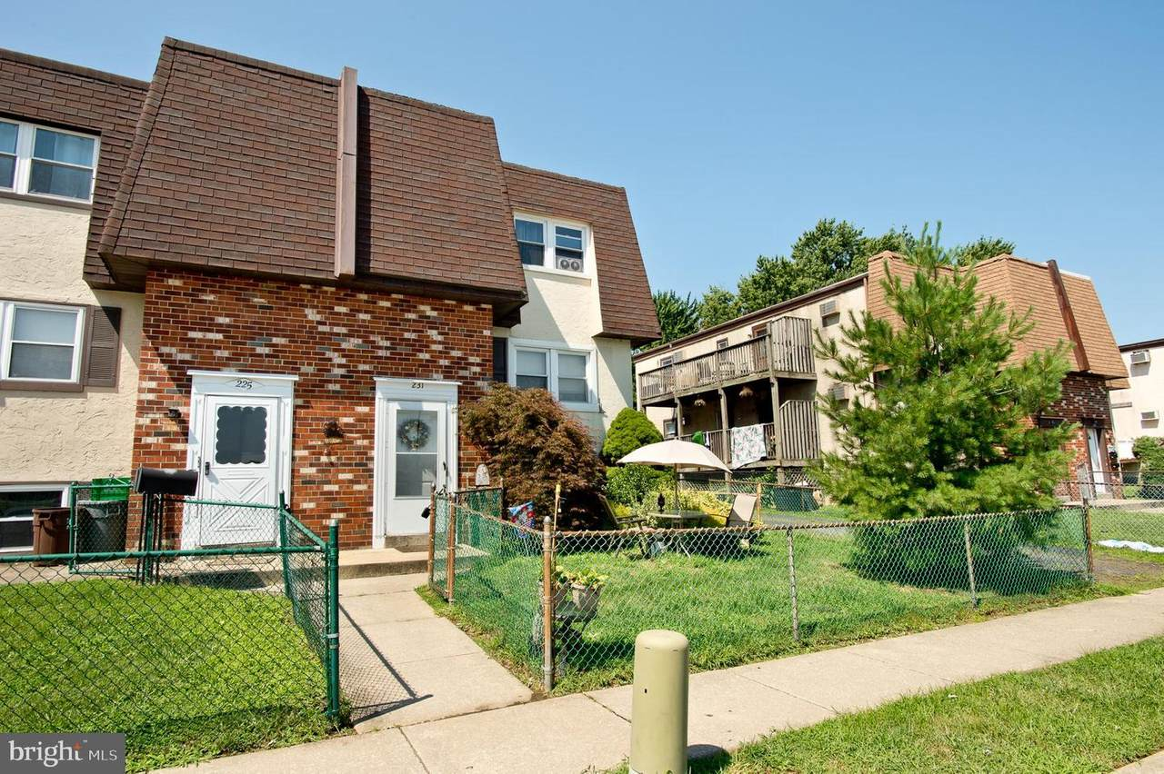 231-231A Glenside Avenue - Photo 1